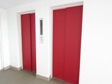 洗足ミナミプラザ エレベーターは2基