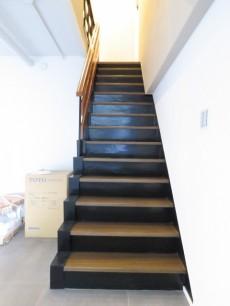 代官山コーポラス 階段