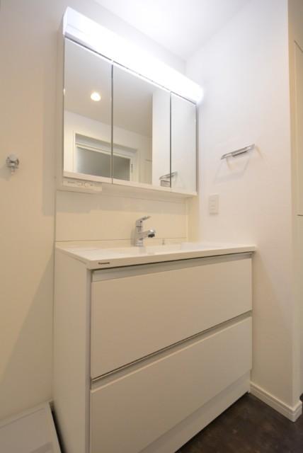 モアグランデ浜松町 洗面室