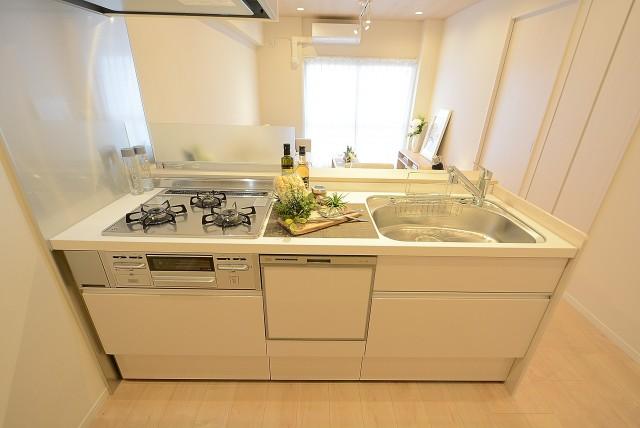 桜上水山森マンション キッチン