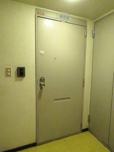 GSハイム太子堂 玄関扉
