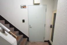 北新宿パレス303 玄関