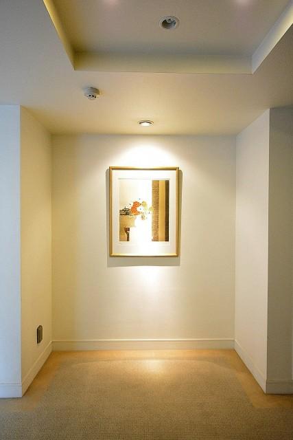 松濤アパートメント_共用廊下エレベーターホール