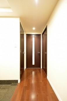 松濤アパートメント_廊下