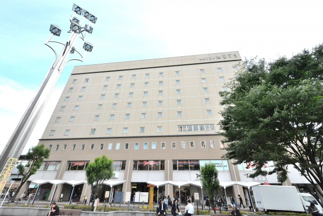 秀和高円寺レジデンス 駅前