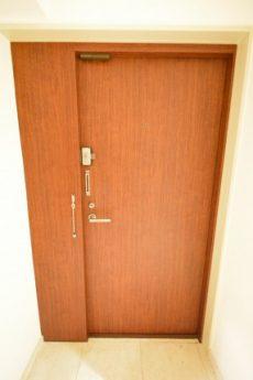 赤坂アーバンライフ103号室 玄関2