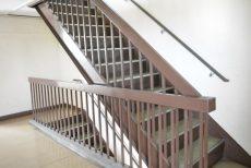 玉川コーポラス 708号室 階段