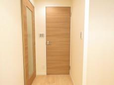 セブンスターマンション第3大森 洗面室扉