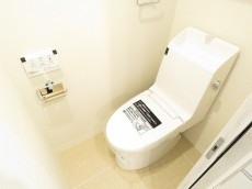 クレール御殿山 ウォシュレット付きトイレ