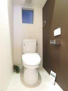 リベルテ西五反田 ウォシュレット付きトイレ