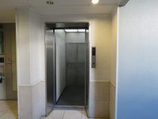ハウス三軒茶屋 エレベーター