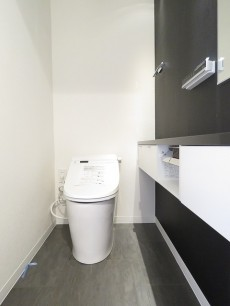 東洋代々木上原コーポ ウォシュレット付きトイレ