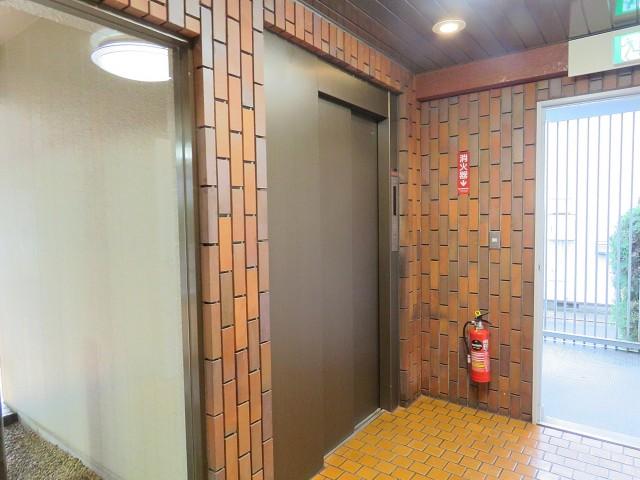 日商岩井桜新町マンション エレベーター