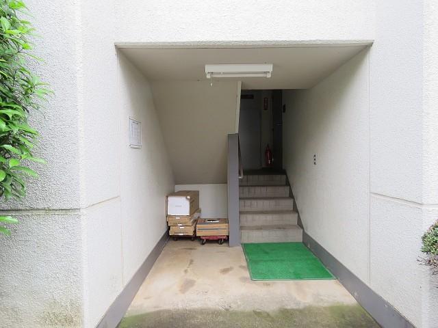日商岩井桜新町マンション エントランス