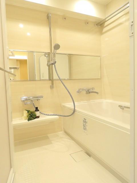 日商岩井桜新町マンション バスルーム