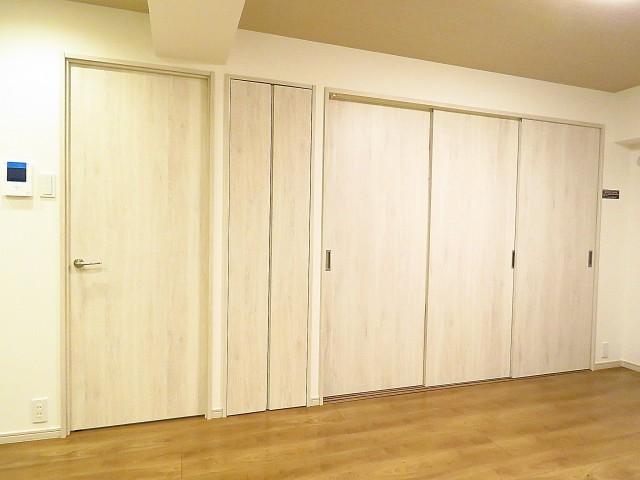 西五反田コープ 洋室扉