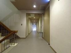 赤坂パレスマンション 共用廊下