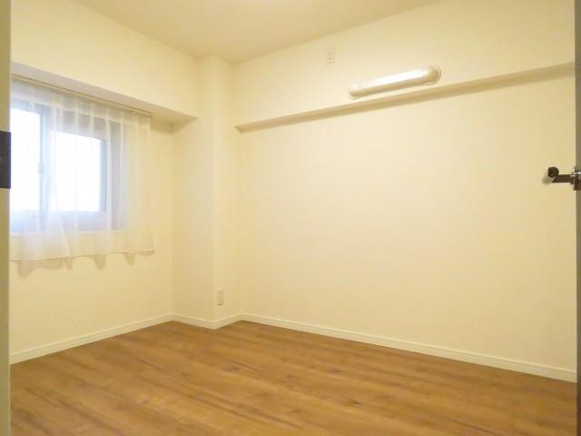 上町マンション 洋室約5.0帖