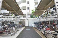 プレジール新宿大久保 駐輪場