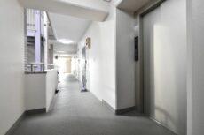 シルバーパレス白金台 玄関