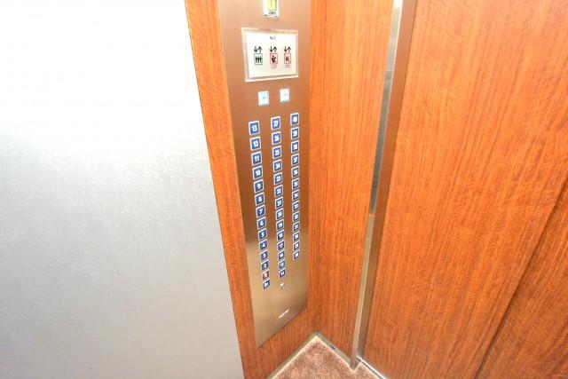 ベイクレストタワー エレベーター