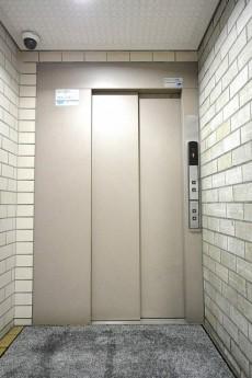 カーサ早稲田 エレベーター