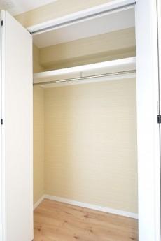 豊栄西荻マンション 5.8帖洋室クローゼット