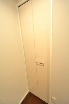 マンション京都白金台 洋室2