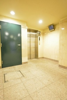 日神デュオステージ新宿若松町 エレベーターホール