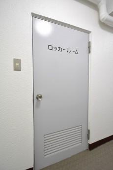 豊栄西荻マンション トランクルーム
