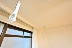 バルミー赤坂 洋室