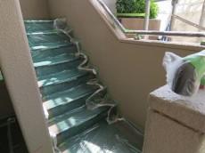 ハイネス尾山台 共用階段