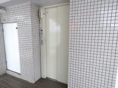 アンクレール初台 エレベーター