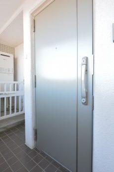 アンクレール初台 玄関