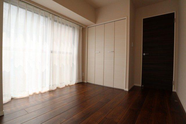 白金台桜苑マンション 洋室2
