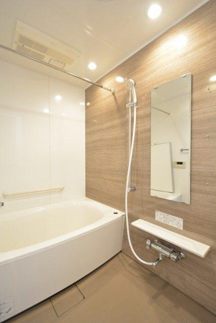 プレジール新宿大久保 浴室