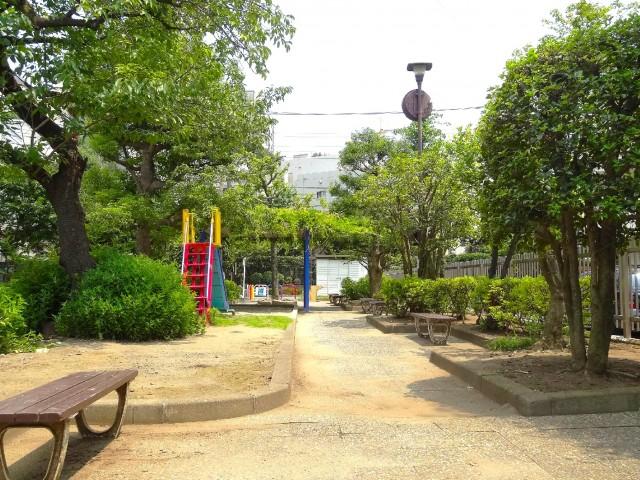 日商岩井大岡山第2マンション 公園
