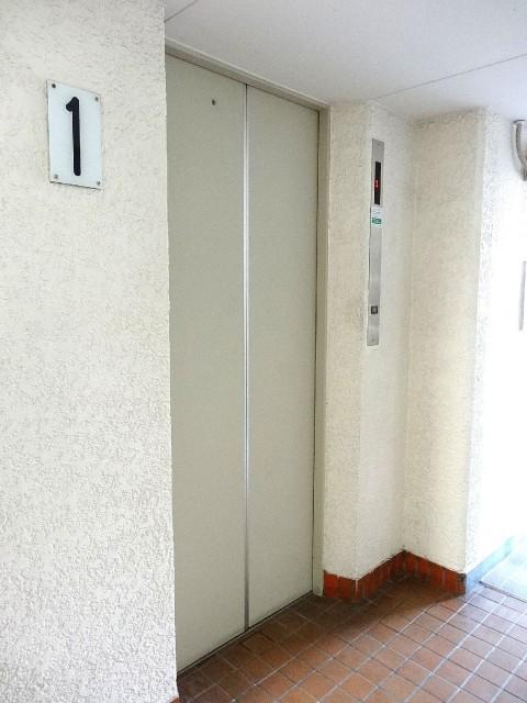 ワコー東日本橋マンション エレベーター