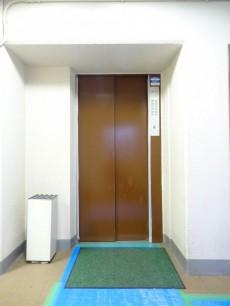 パラスト上目黒 エレベーター