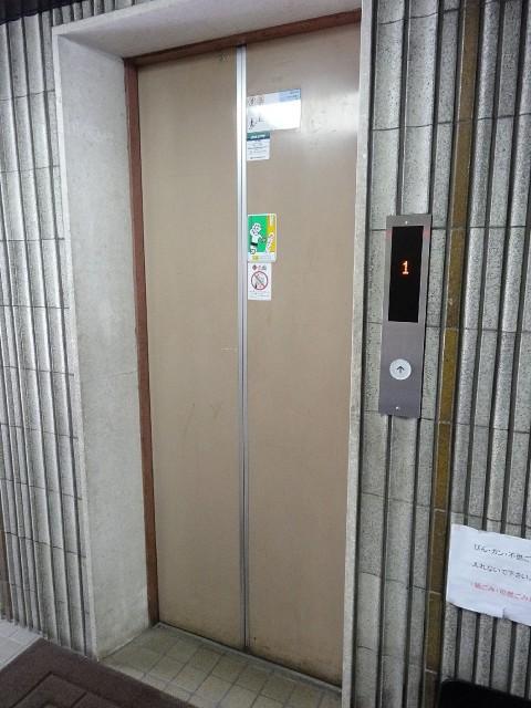 大和コーポ エレベーター