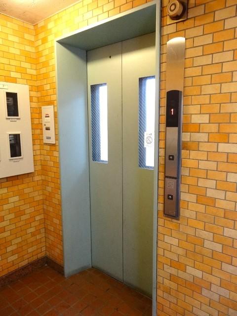 ハイネス池尻 エレベーター