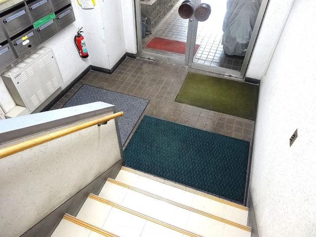 青木ハビテーション 共用階段