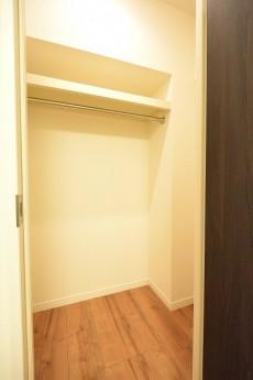 西新宿ハウス 5.0帖の洋室WIC