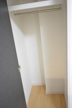 クレッセント目黒Ⅱ 東側洋室