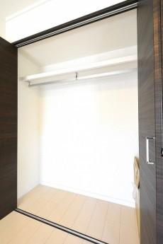 フジマンションウイスタリア 5.5帖洋室のクローゼット