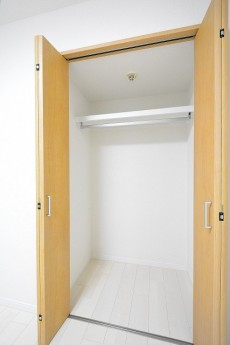 セブン築地 4.2帖サービスルームのクローゼット