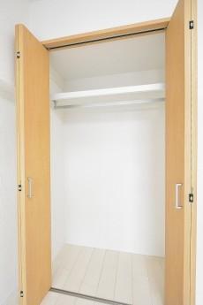 セブン築地 5.0帖洋室のクローゼット