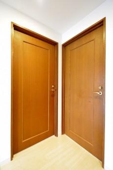 エステージ上野毛 洋室2部屋入口