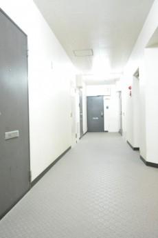 ライオンズマンション高円寺南 共用廊下
