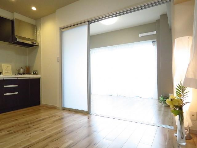 日神パレステージ南大井 ダイニングキッチン+洋室